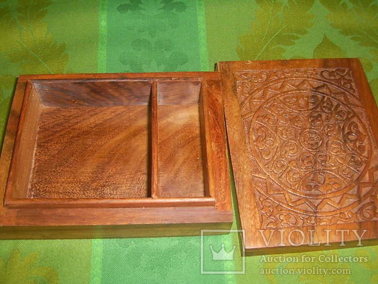 Шкатулка-папиросница с ручной резьбой из ценных пород дерева, фото №5