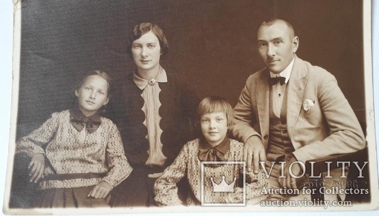 Старинное семейное фото (13.5*8.5), фото №4