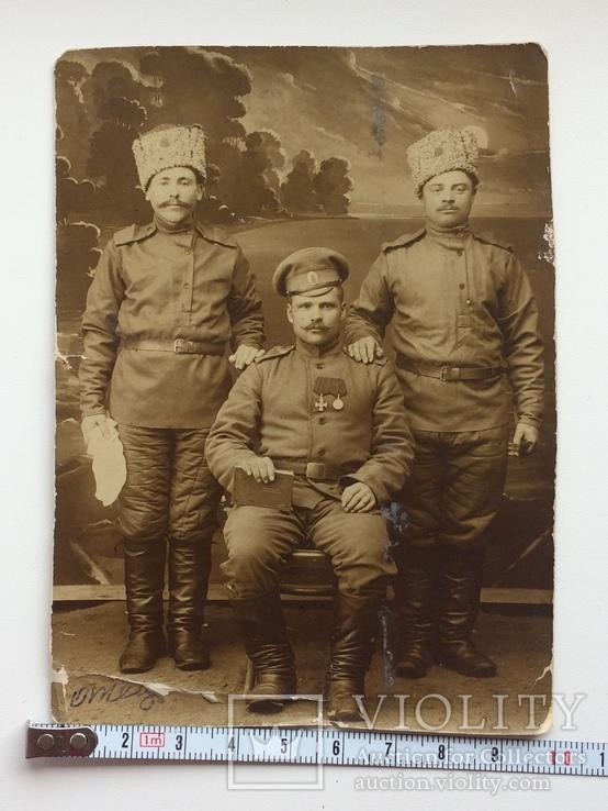 С Георгиевским крестом и медалью, фото №2
