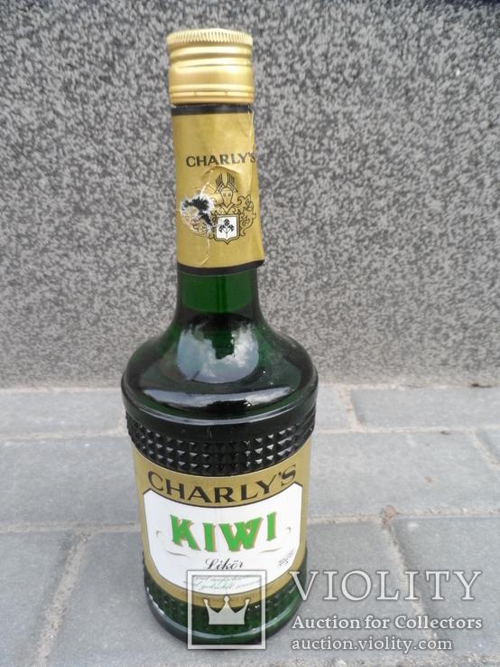 Ликер KIWI с мякотью CHARLYS 0.7 L Австрия, фото №3