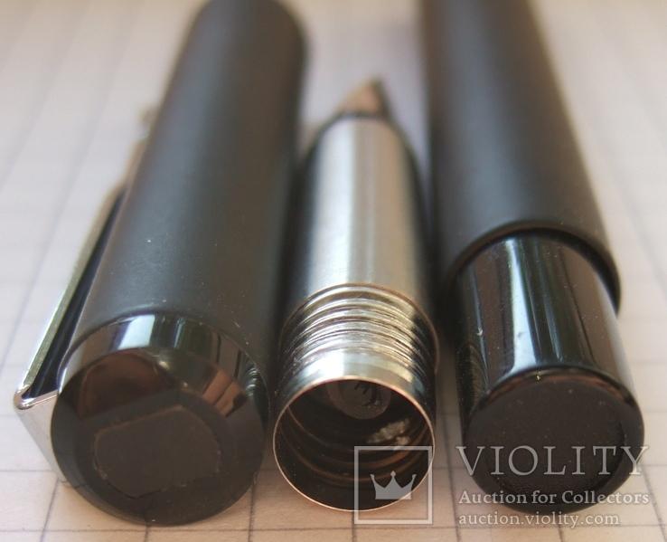 Новая перьевая ручка Parker Vector, made in UК. Перо F. Оригинал. Пишет мягко и тонко., фото №7