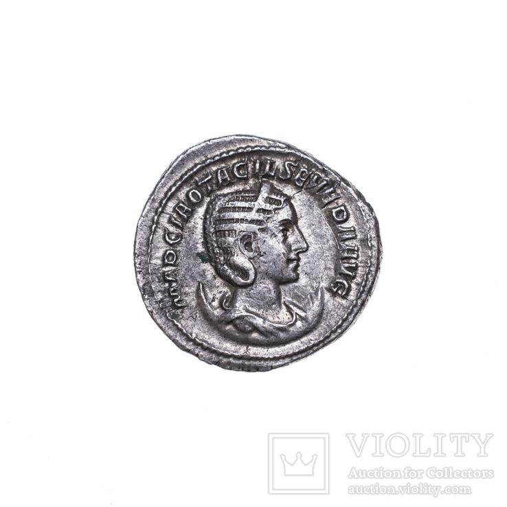 Антонініан Отацилія