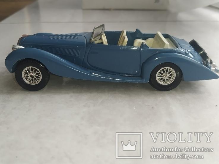 Модель ретро автомобиля (кабриолет), фото №9