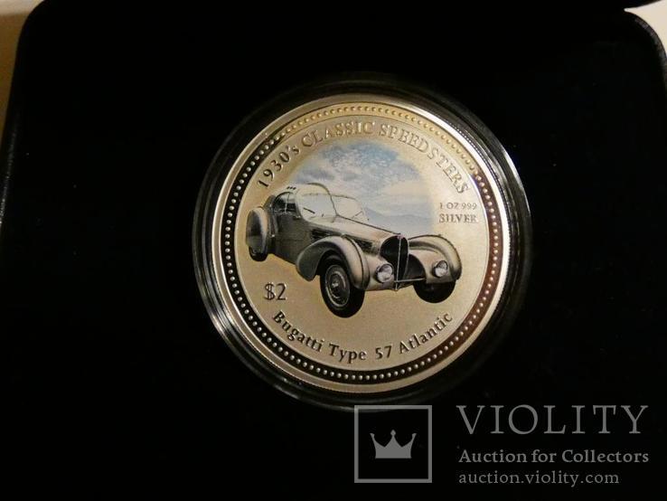 Классические спидстеры 30-х годов - Бугатти - серебро, унция, 2 доллара, фото №2