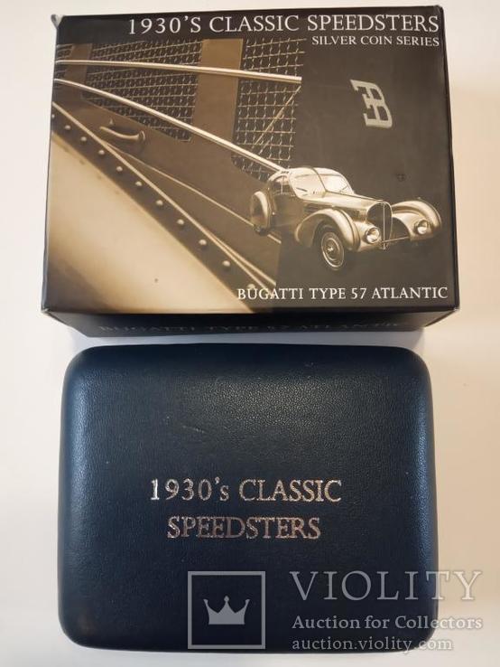 Классические спидстеры 30-х годов - Бугатти - серебро, унция, 2 доллара, фото №7