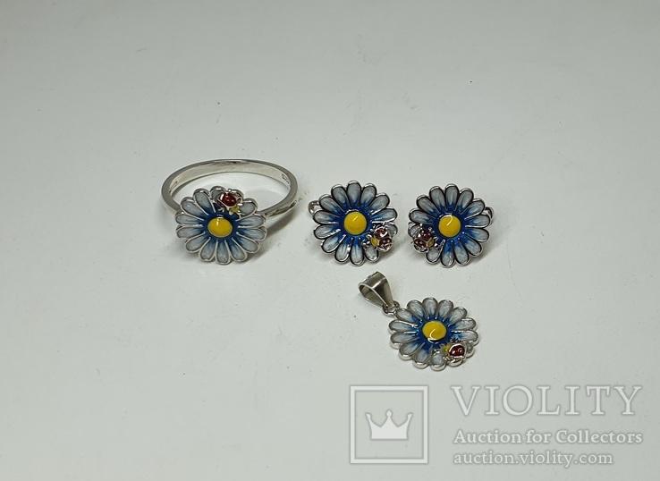 Серебряный комплект серёжки,кольцо и подвеска с эмалями в позолоте, фото №2