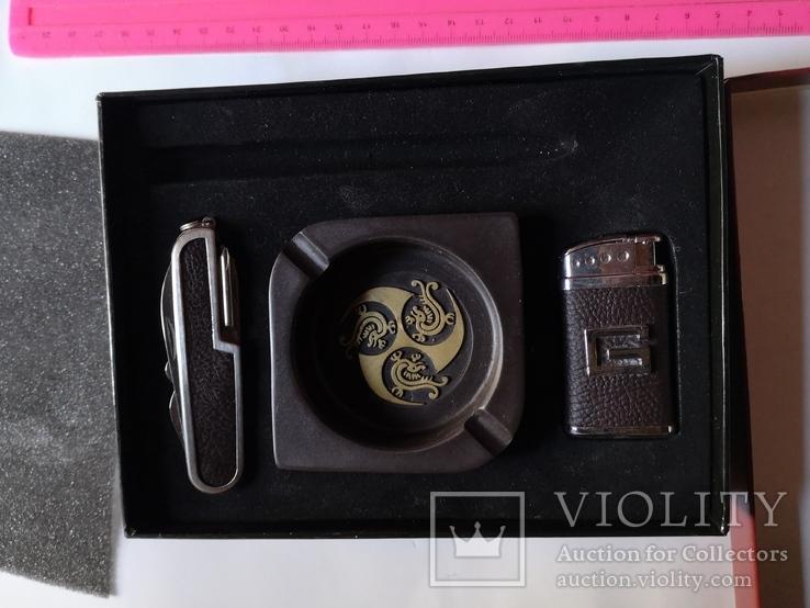 Сувенирный набор нож пепельница зажигалка, фото №2