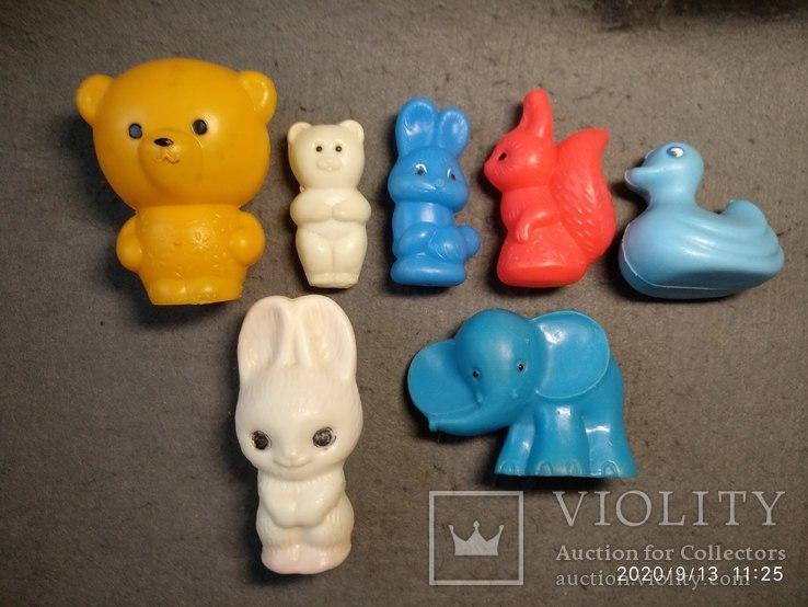Фигурки разные жёсткий пластик ссср, фото №2