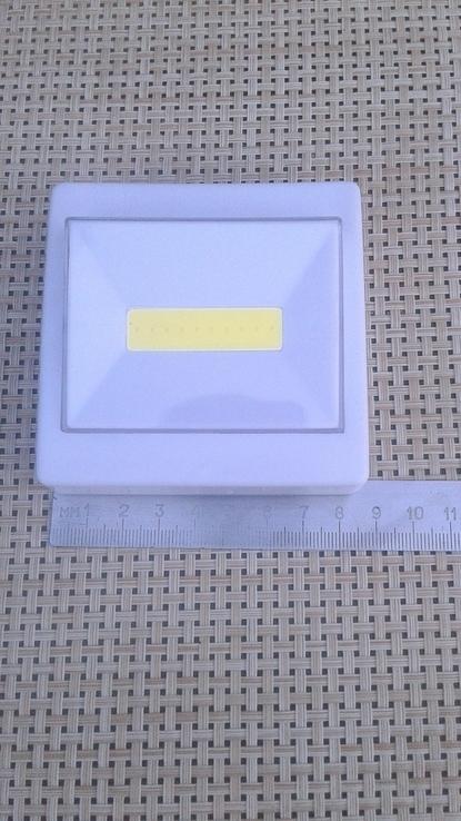 Светильник-выключатель клавишный светодиодный на батарейках, фото №4