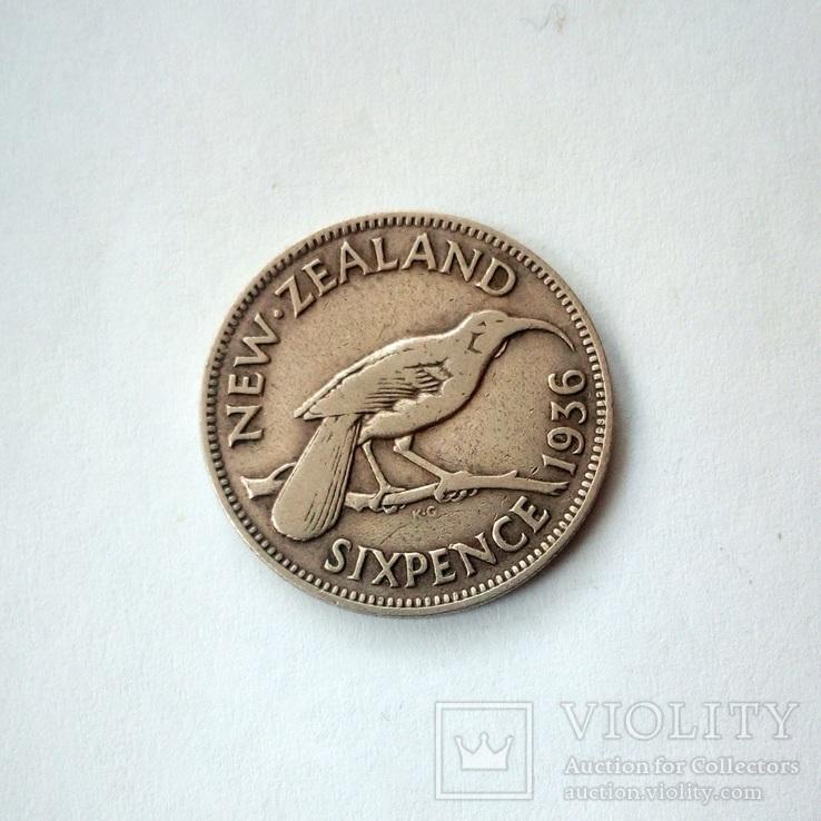 Новая Зеландия 6 пенсов 1936 г., фото №3