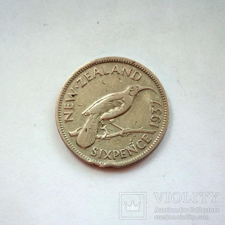 Новая Зеландия 6 пенсов 1937 г., фото №2