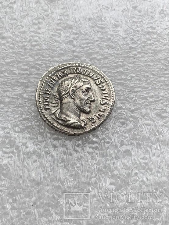 Максимин Фракиец денарий RIC 13, фото №4