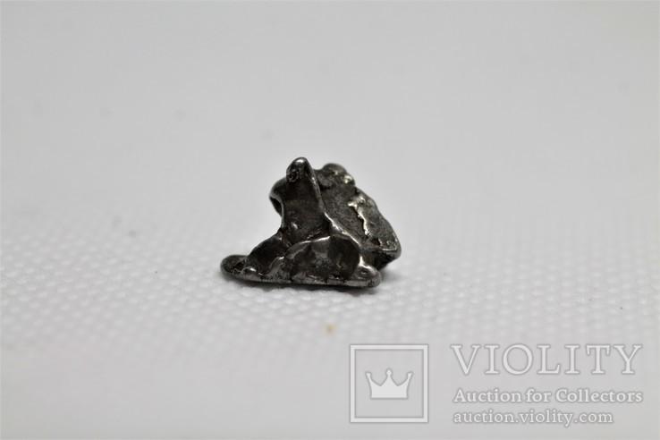 Залізний метеорит Campo del Cielo, 1,95 грам, із сертифікатом автентичності, фото №2