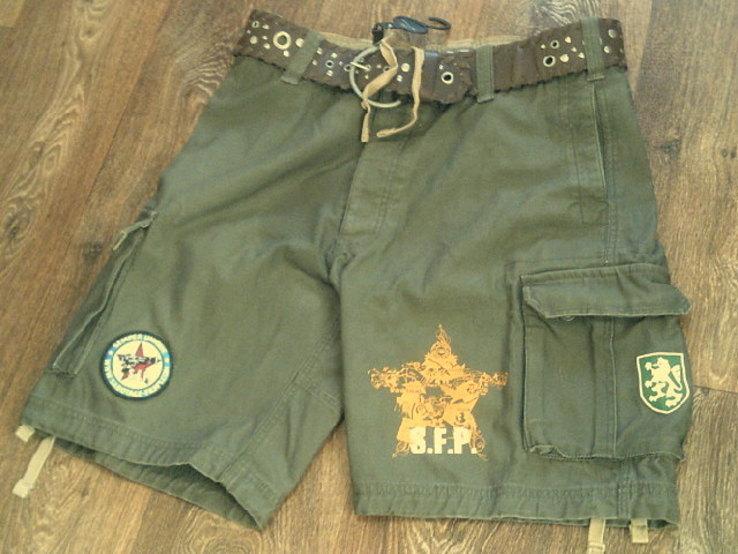 Sabotage semper unique - плотные шорты с ремнем, фото №3