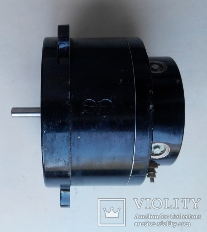19 Электродвигатель Д16-06, фото №5