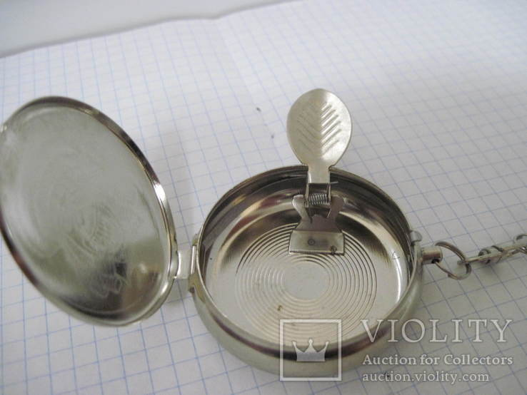 Табакерка-брелок, на пружинке, фото №6