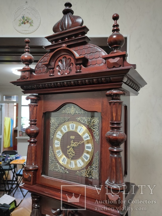 Напольные часы Metron