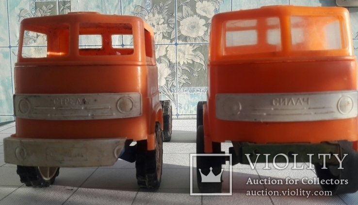 2 грузовых автомобиля., фото №2