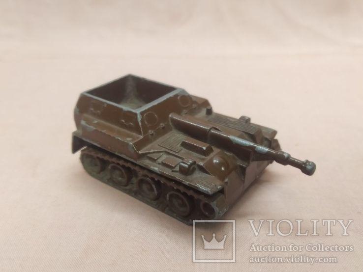 Модель военной техники, фото №2