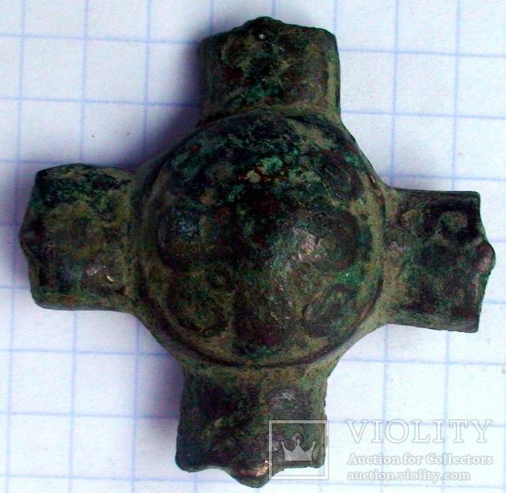 Крупная крестовключенная накладка кр