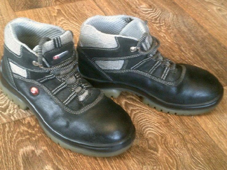 Защитные походные ботинки(2 шт.) разм.39, фото №7