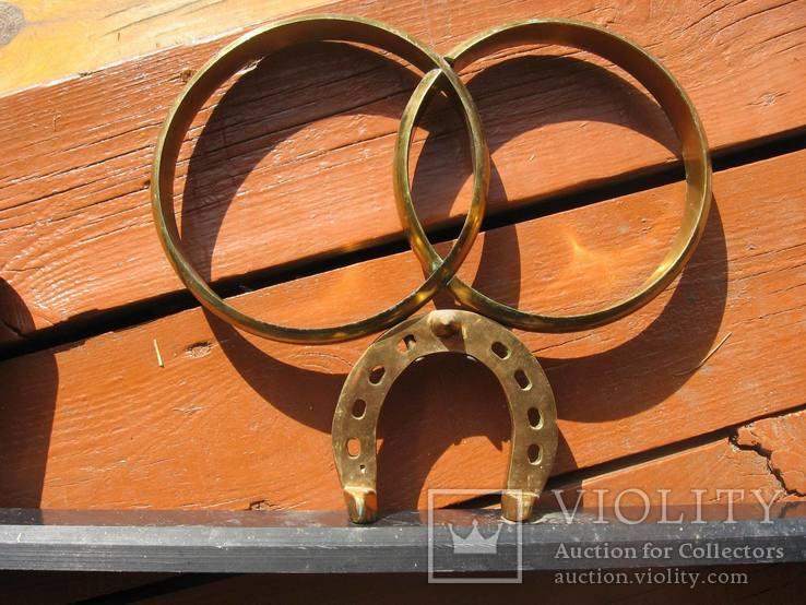 Обручальные кольца с бокалами на подставке, фото №7