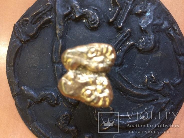 Скифское зеркало «Грифоны». Копия., фото №11