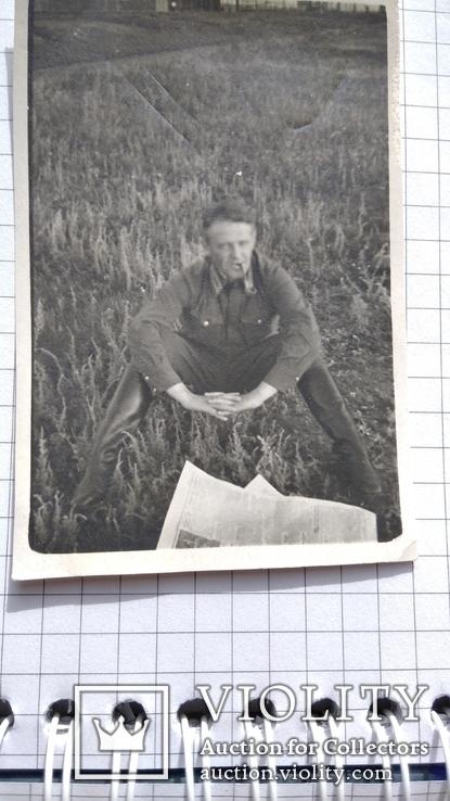 Офицер с трубкой и газетой до 1943 года, фото №4
