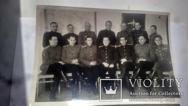 Герой советского союза с товарищами летчиками, фото №2