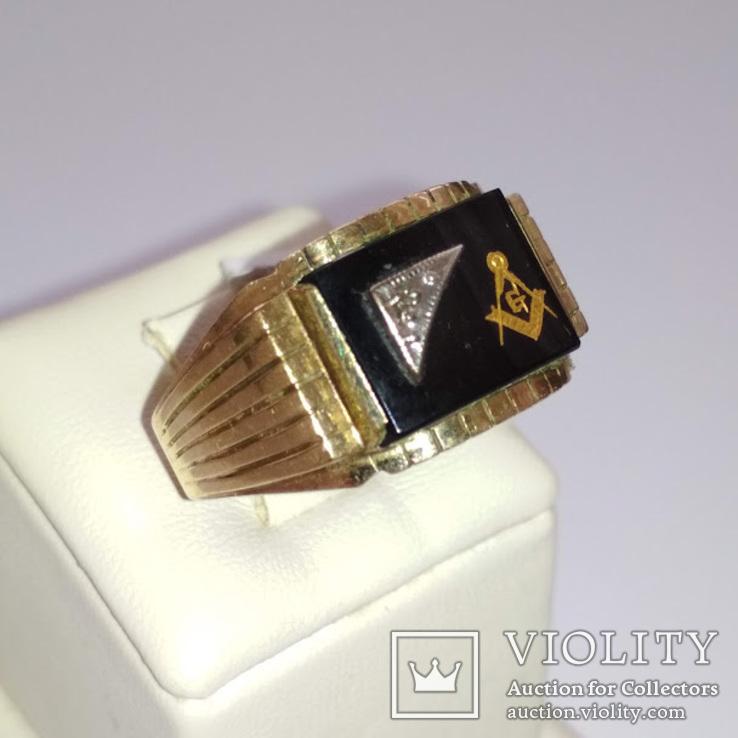Мужское золотое кольцо с масонской символикой и бриллиантом, фото №3