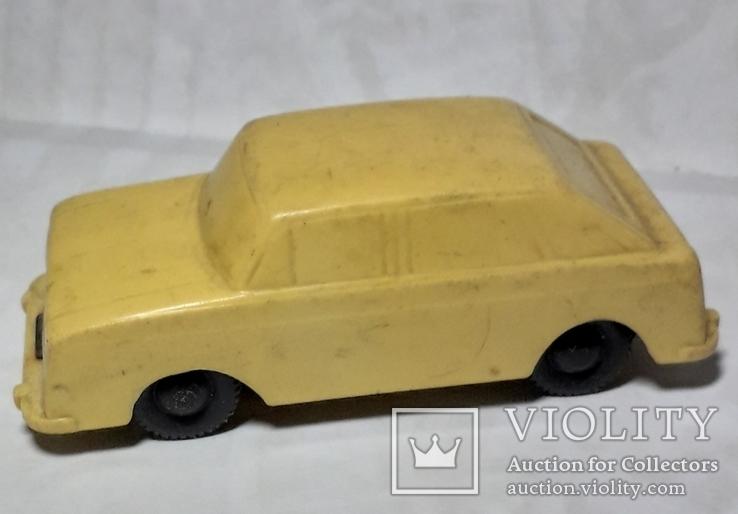 Машинка Москвич ИЖ Комби СССР длина 9 см., фото №3