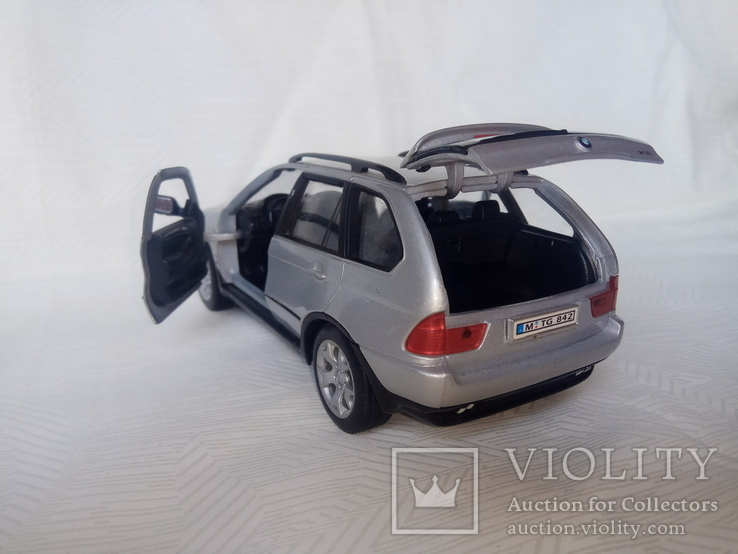 Автомодель BMW X5 1:24 Welly, фото №6