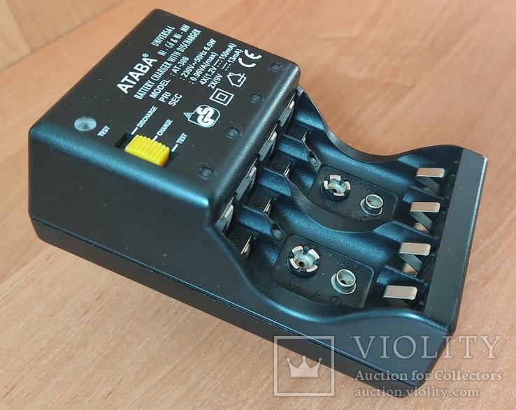 Зарядное устройство ATABA AT-308 для AA/АAA/Крона аккумуляторов