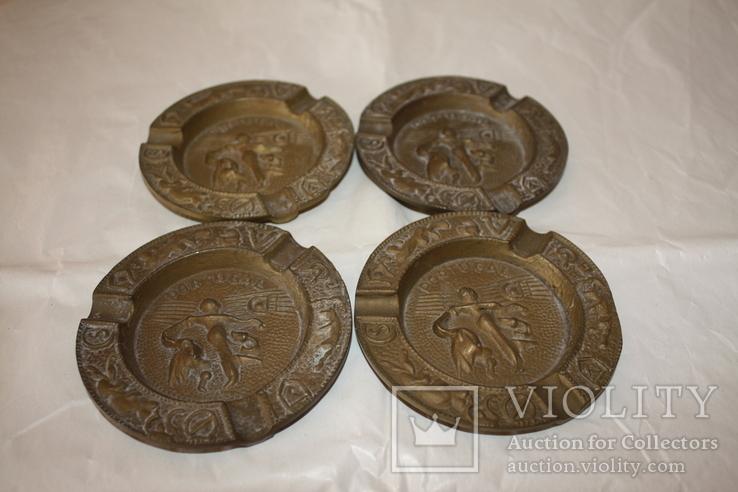 Бронзовые/латунные пепельницы Португалия и две в форме курительных трубок., фото №4