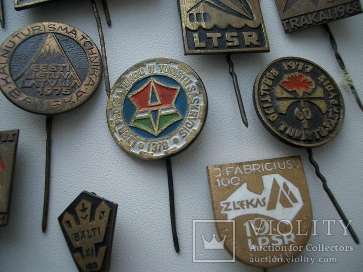 Мегалот 25 значков СССР прибалты туризм, фото №5
