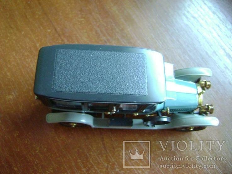 Руссо Балт Лимузин СССР 1:43 в родной коробке, фото №8
