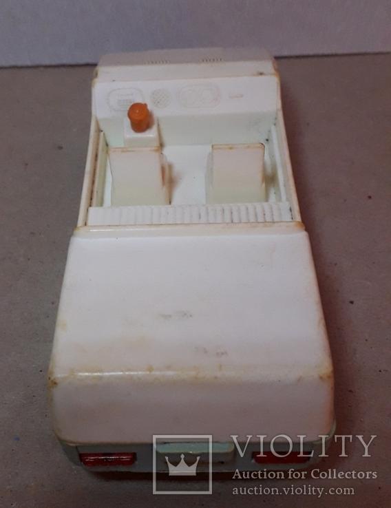 Машинка пластмасс. из СССР длина 14 см., фото №6
