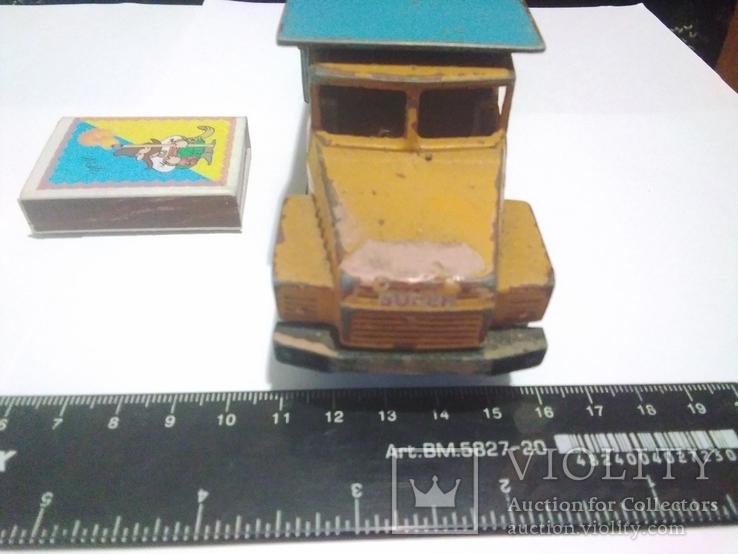 Автомобиль КрАЗ на ремонт, 80-е, фото №6