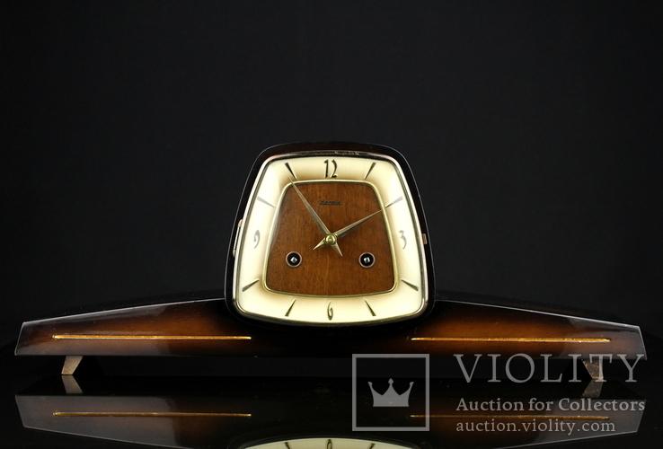 Каминные часы Hermle. Механизм Franz Hermle & Sohn. 1967 год. Германия