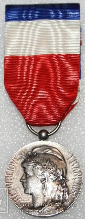 """Серебрянная медаль почёта """"За честный труд"""" IV степени (Франция), фото №2"""
