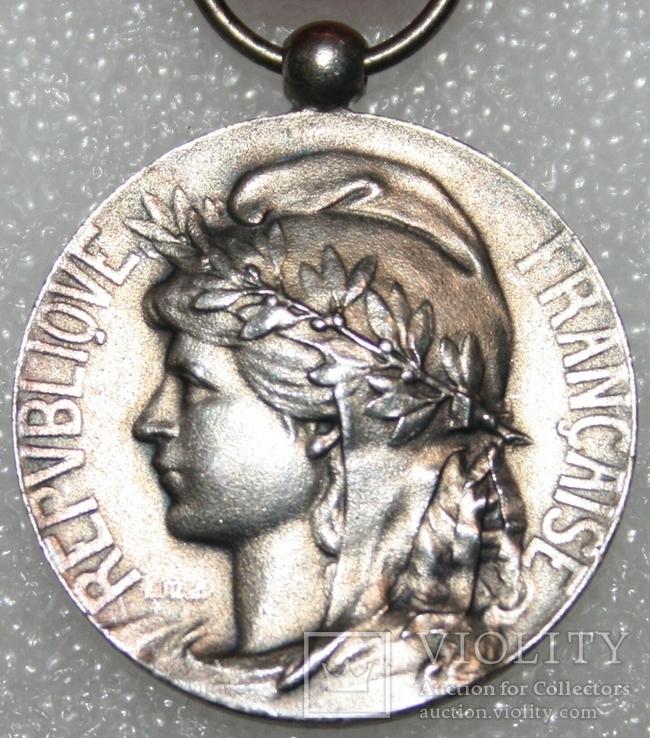 """Серебрянная медаль почёта """"За честный труд"""" IV степени (Франция), фото №3"""