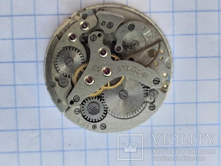 Механизм часов лот нл 16.10.10, фото №2
