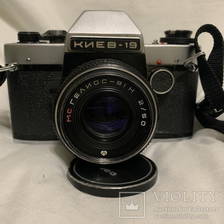 Фотоаппарат Киев-19 с объективом Гелиос
