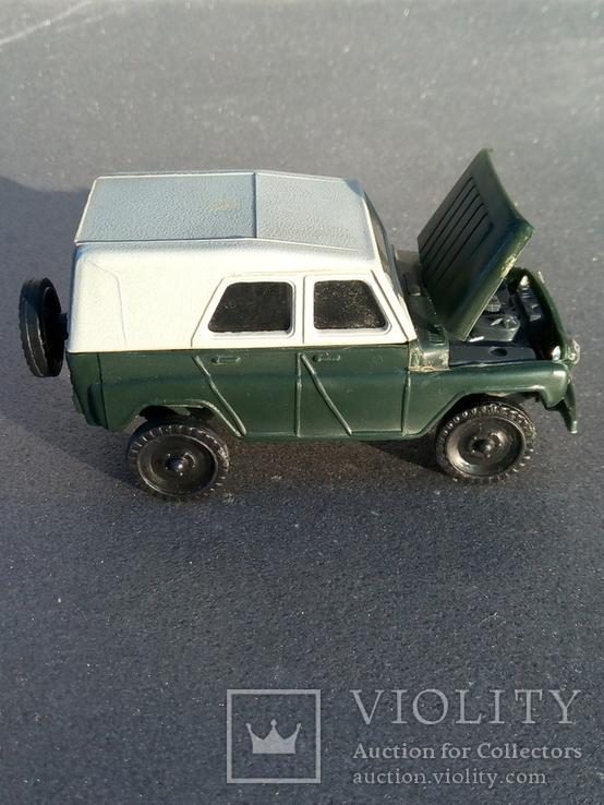 Модель пластмасова УАЗ 469 м. Виготовлена в СРСР. Продається без коробки., фото №2