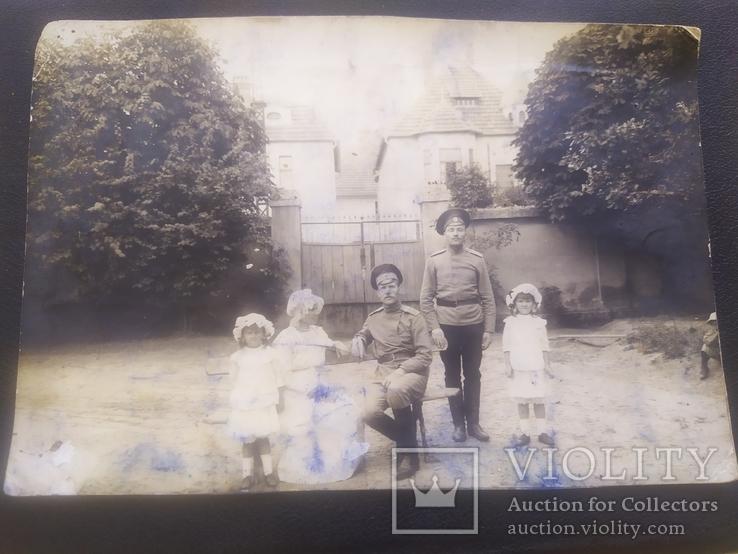 Офицер и солдат Первой Мировой с семьей старое фото, фото №3