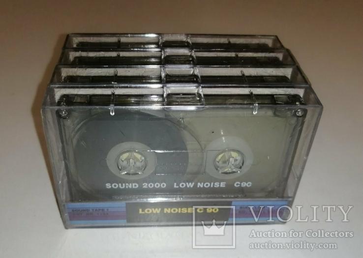 Аудиокассеты новые в заводской упаковке 4 шт, фото №3