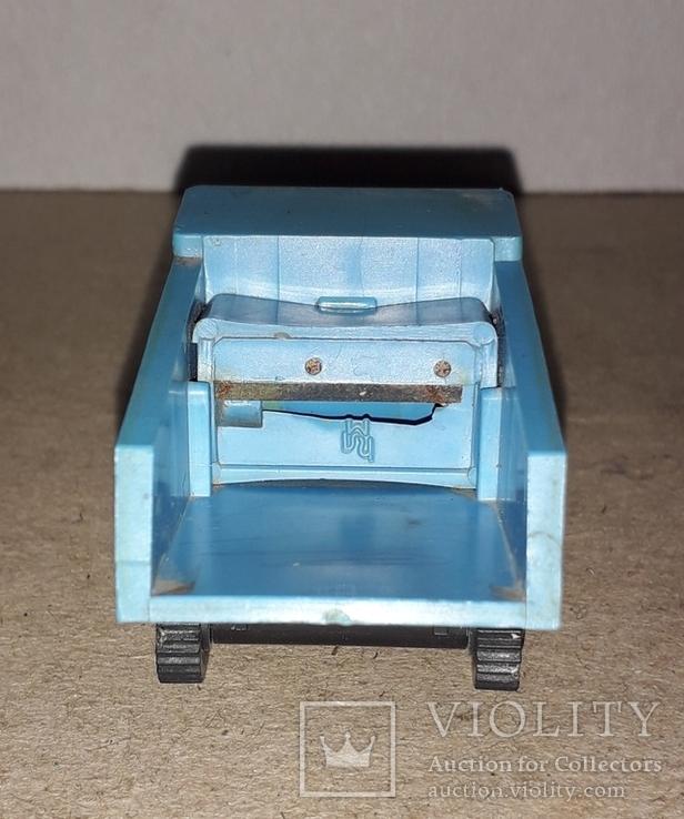 Необычная Машинка Самосвал БелАЗ ,рабочая точилка для карандашей, СССР, фото №6