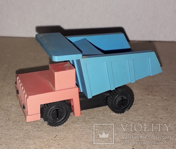 Необычная Машинка Самосвал БелАЗ ,рабочая точилка для карандашей, СССР, фото №9