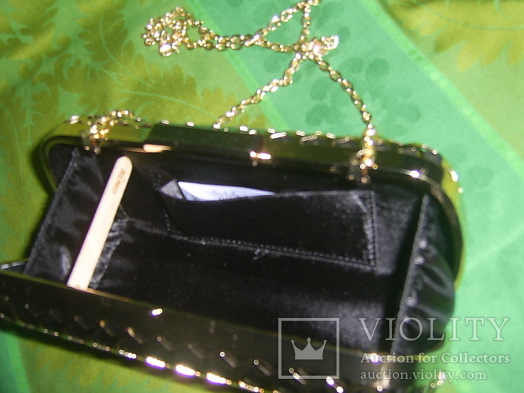 Сумочка на цепочке с позолоченным каркасом, фото №7