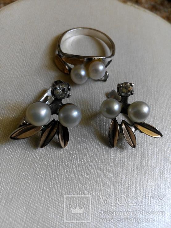 Серебряный комплект с жемчугом кольцо серьги, фото №2